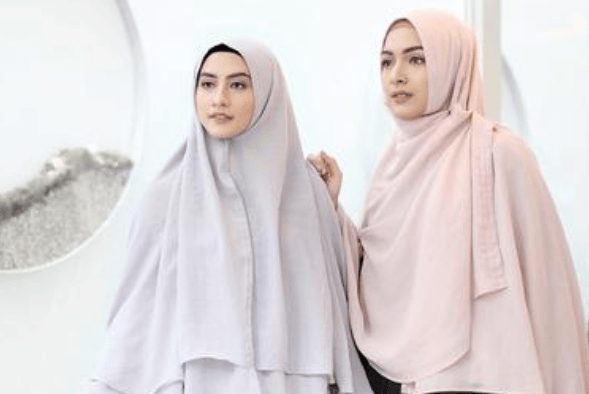 Pilihan Jilbab Syar'i Modis