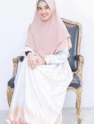 abaya dan khimar