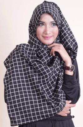 jilbab segi empat monokrom