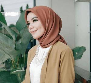 jilbab segi empat voile