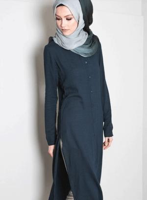 Busana muslim dengan tunik panjang