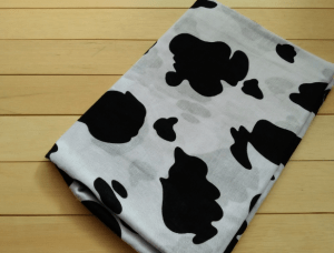Monokrom motif cow hitam putih