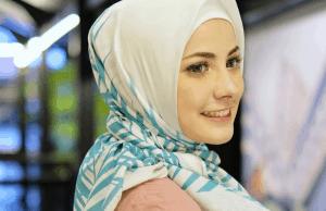 cantik hijab voal