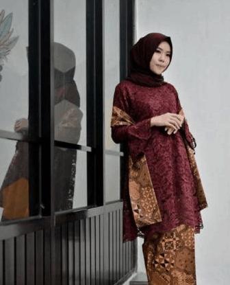 Inspirasi Baju Muslim Kombinasi Dengan Batik
