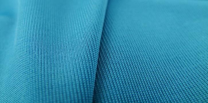 tas berbahan kain polyester
